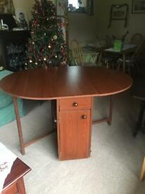 Butterfly Drop leaf Dining Table and Four Chairs