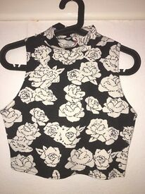 Cream and black co-ord set, worn once, good condition, size 10.