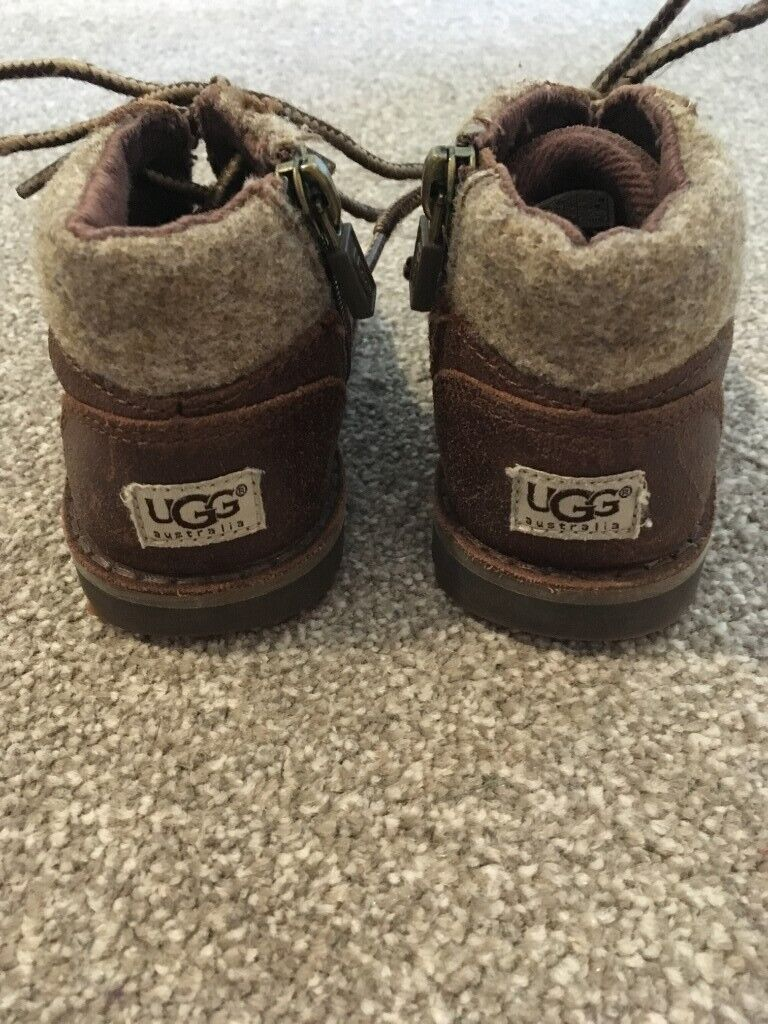 27e92924942 UGG toddlers Orin' brown boots, UK size 5, chocolate brown   in Abingdon,  Oxfordshire   Gumtree