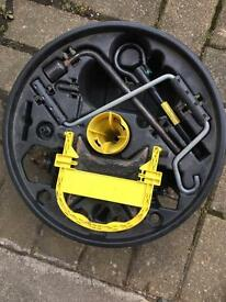 Renault Clio wheel jack set