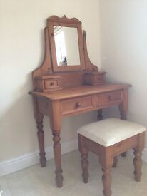 Antique pine dressing table