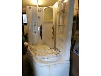 Whirlpool bath/Shower combo