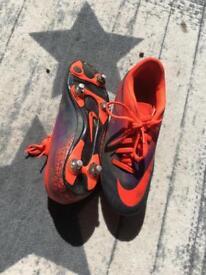 Hyper venom football boots