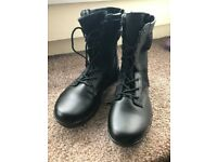 Combat leather tactical assault light weight boots with side zipper brand new never worn