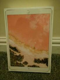 Brand new sealed rose gold iPad Pro 10.5 WiFi 2nd generation 64gb
