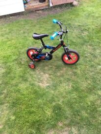 Halfords Urchin bike for 3-5 yr olds. Good condition, barely used.