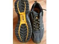 Dewalt safety shoes, BN size 10