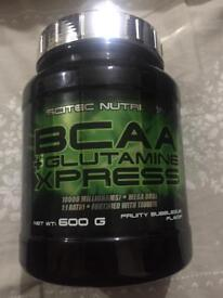 Bcaa glutamine xpress gym nutrition weight training