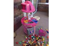 Little tikes (tykes) kitchen immaculate with accessories and dolls chair kids children pink