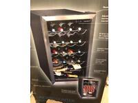 Husky HUS-HM39 Chrome Door Effect Personal Wine Refrigerator/Chiller