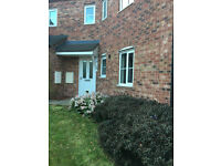 2 Bedroom ground floor apartment / flat Sheffield S2 with parking *NO FEES*