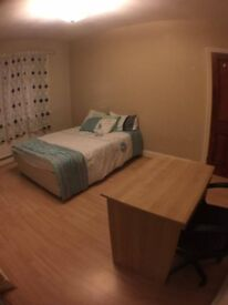 2 double furnished rooms to let £320p/m each avail immediately
