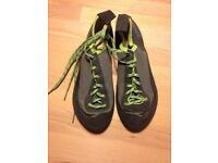 Simond Rockclimbing Shoes size 3