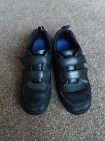Boys school shoes size 2.5