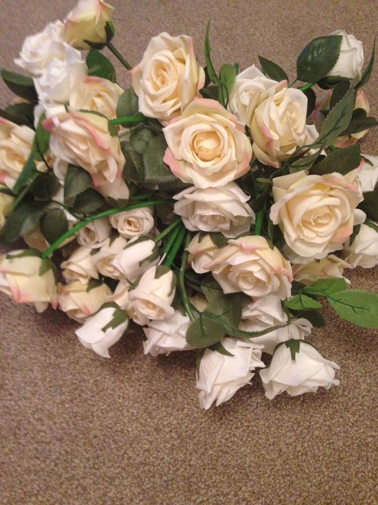 88 x silk rose stems. Ivory, white and pale pink