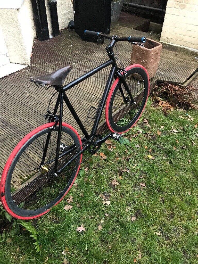 Black Fixie Bike/Fixed gear bike/Road Bike (ultra light)