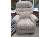 CARNABY RECLINER CHAIR