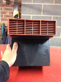 Telescopic plastic air vent red faced