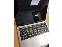 MacBook Pro Retina 2017 13'' | i5 CPU, 8GB Fast RAM, 128GB SSD | Faulty Screen ONLY £559