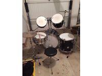 5 piece, black, Yamaha Drum Kit with stool and practice mats