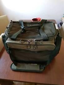 Wychwood solace tackle bag