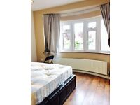 REFURBISHED: COSY DOUBLE ENSUITE: NEXT TO GANTSHILL STATION: ALL BILLS INCLUDED PLUS WIFI