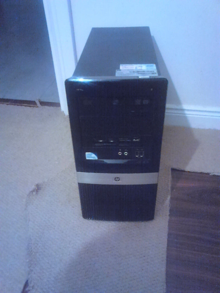windows 7 pc base unit and power cable