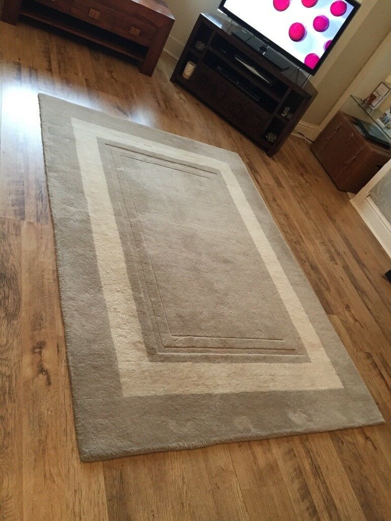 Reduced Price Laura Ashley Rug In Newmains North
