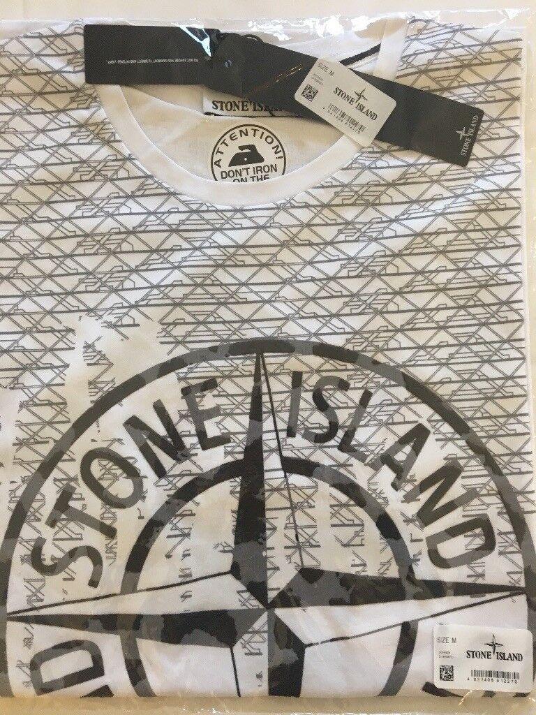 Stone island tshirt Medium and large avalible