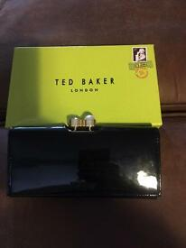 Ten baker purse