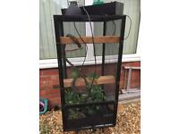 Chameleon enclosure and equipment