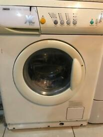 Cream washing machine zanussi