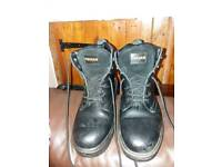 Men's size 9 Work Boots