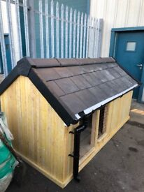 Dog house/run (large)