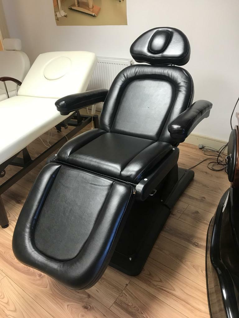 Black Electric Beauty / Tattoo treatment couch