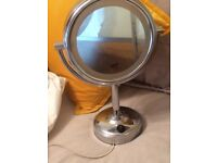 No7 double sided light up mirror