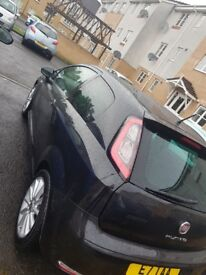 Fiat punto - jet black edition