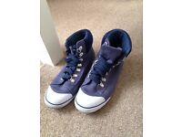 Womens VOI navy trainers, size 6