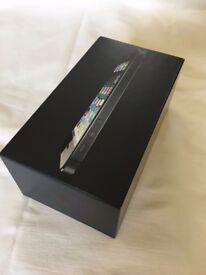 iPhone 5 Box and Earphones