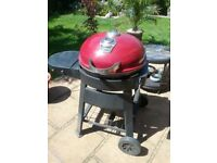 Kettle barbeque excellent condition for sale