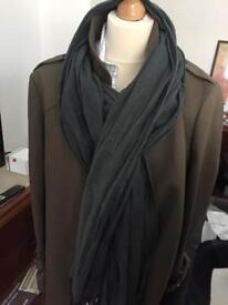 Large green scarf from French brand