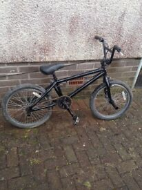 Good condition black BMX stunt bike