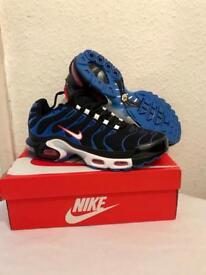 Nike tn black blue