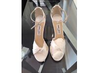 Brand new bridal Jimmy Choo - size 39,5