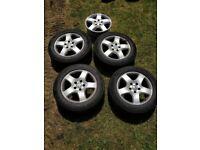 VW 17 Inch Transportor Alloy Wheels Set of 5 in West London Area