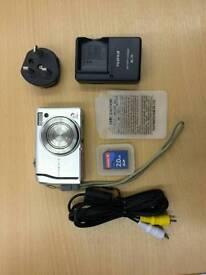 Fujifilm FinePix F40fd - £20