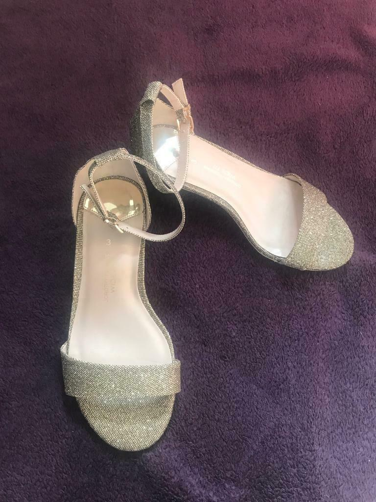 5fdbad505bb2 Dorothy Perkins size 3 bridesmaid wedding shoes wide fit