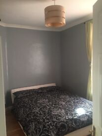 ***Double bedroom immediately available in Bromley***