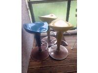 Bar stools , plastic with metal bottom
