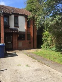 3 bedroom family house, recently decorated, furnished in central Headington close to Hospitals.